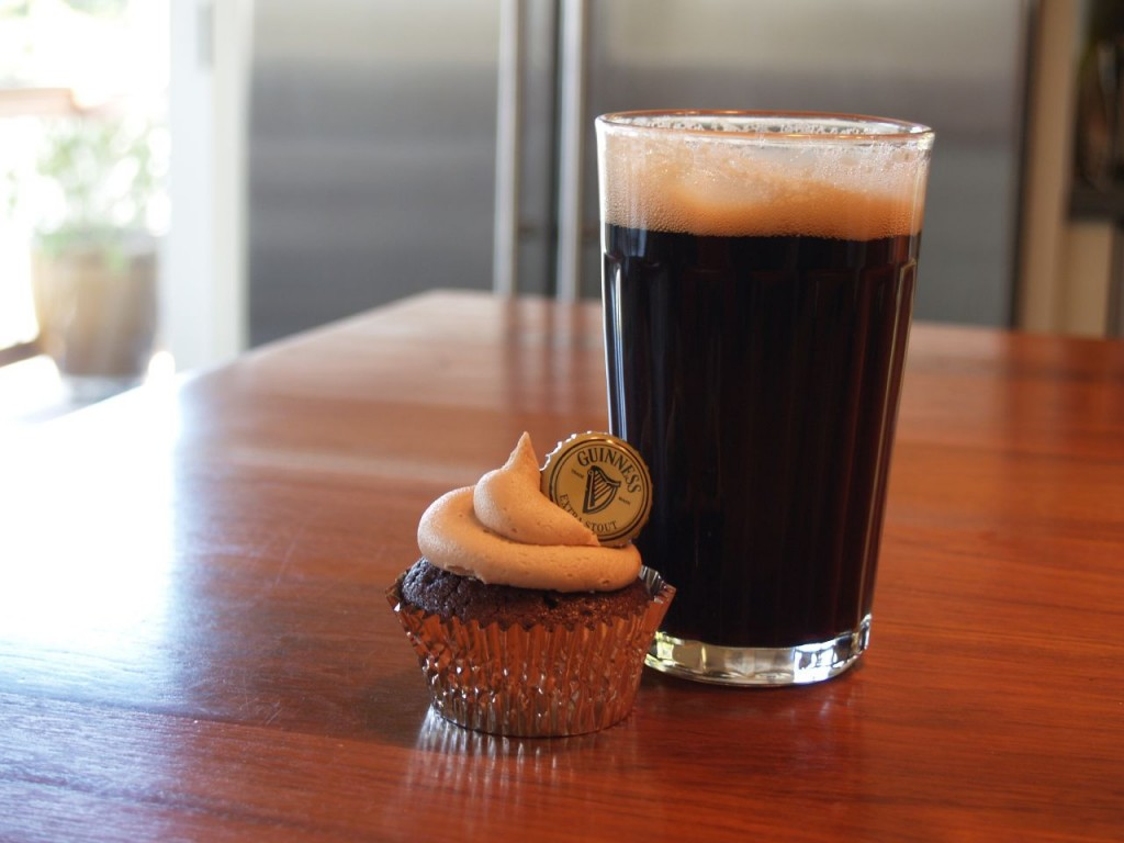 Cupcakes and beer ©Allie Cooper
