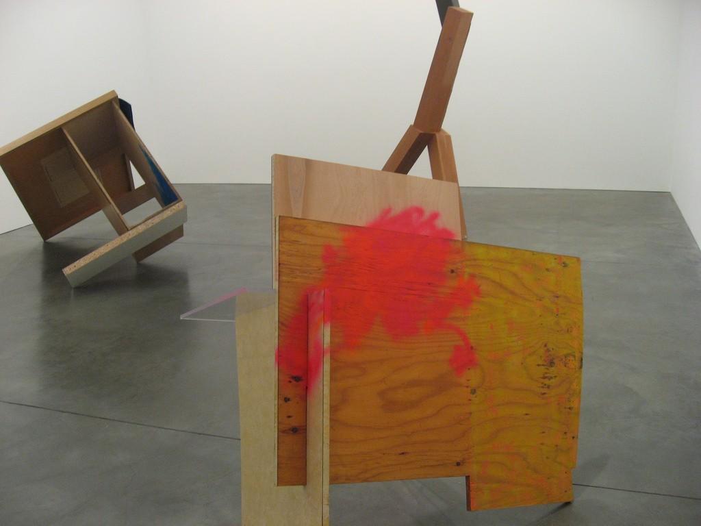 Sarah Berman & Joel Shapiro group show at Andrea Rosen Gallery, 2008 © Hrag Vartanian / Flickr
