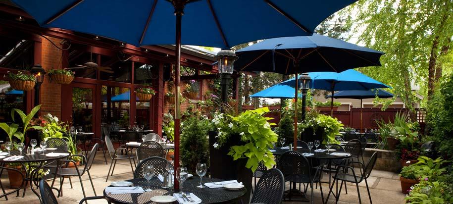 outside seating ©barcelona restaurant & bar