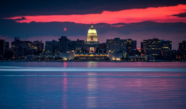 Madison at Sunset |© Don3rdSE/Flickr