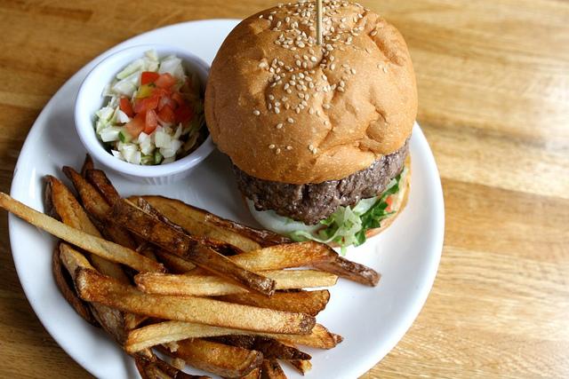 Hamburger and fries   © Susan Lucas Hoffman/Flickr