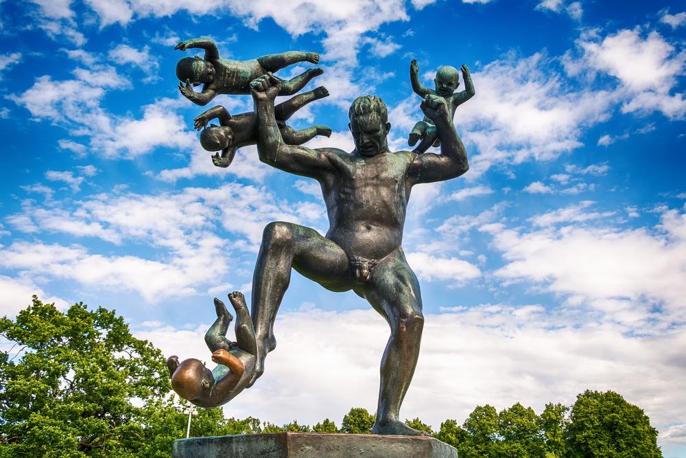 Gustav Vigeland in Vigeland park features more than 200 sculpture ©Nenad Nedomacki / Shutterstock