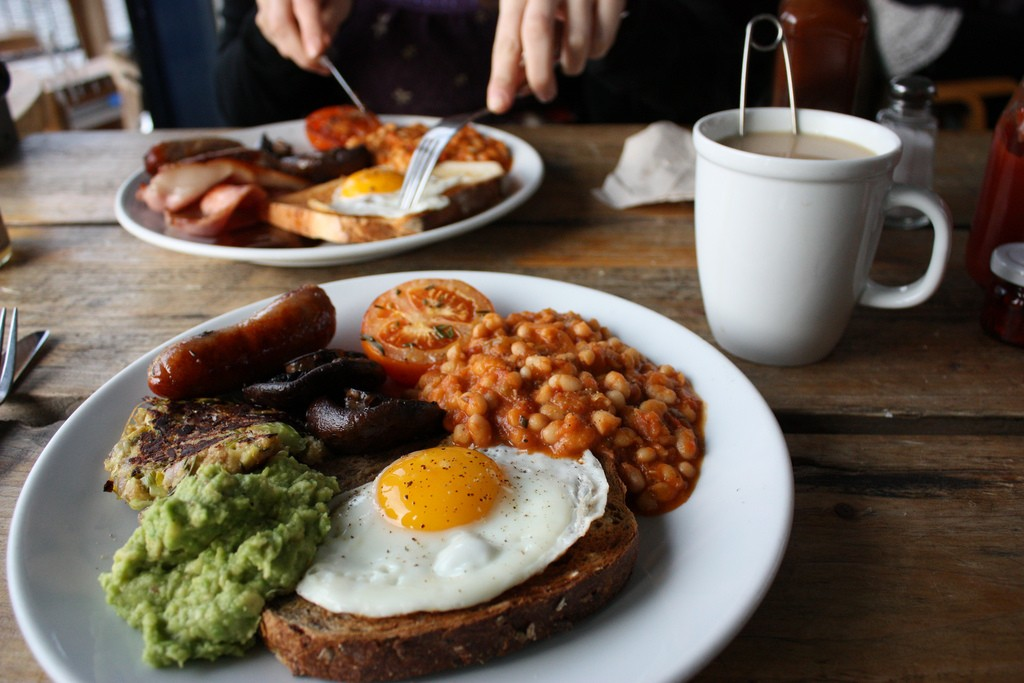 English Breakfast, Pavilion Cafe | ©Avid Hills/Flickr