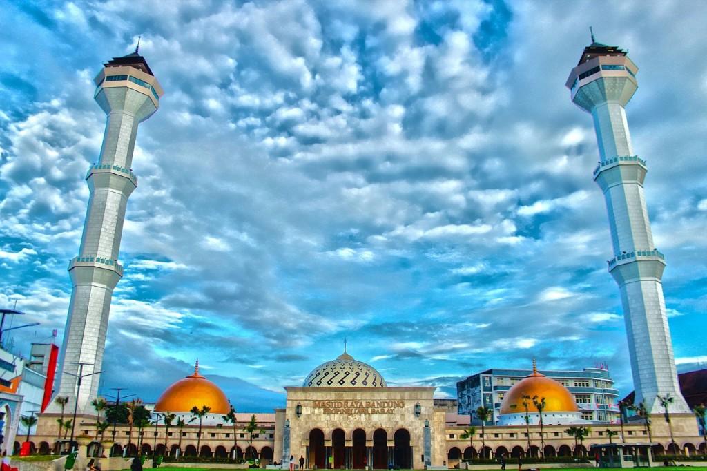 Great Mosque in Bandung © hamdansumedang