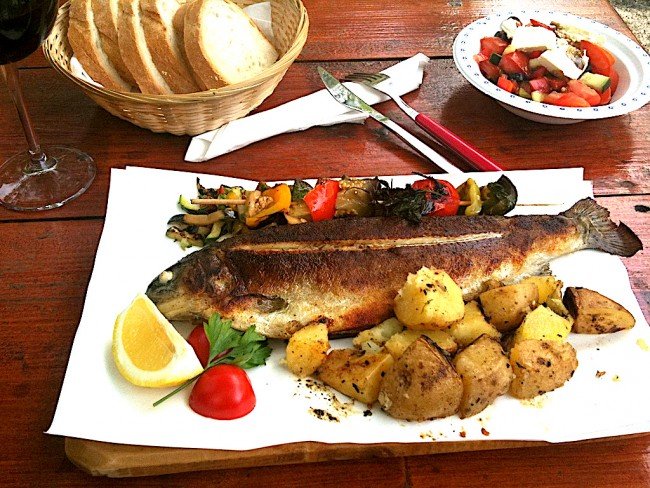 Grilled trout | © Joel Bez/Flickr