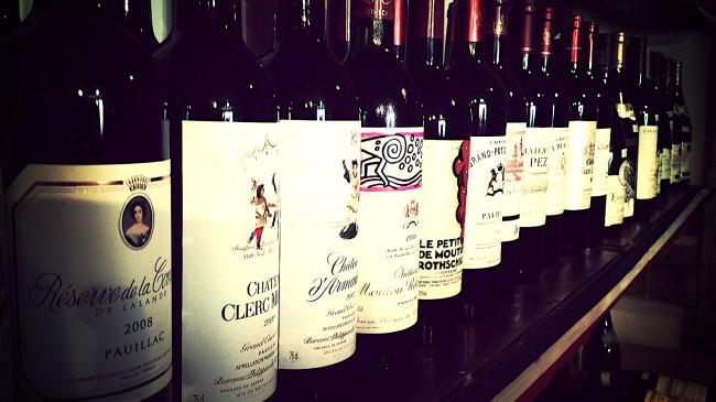 Range of wines | © Dominic Lockyer/Flickr