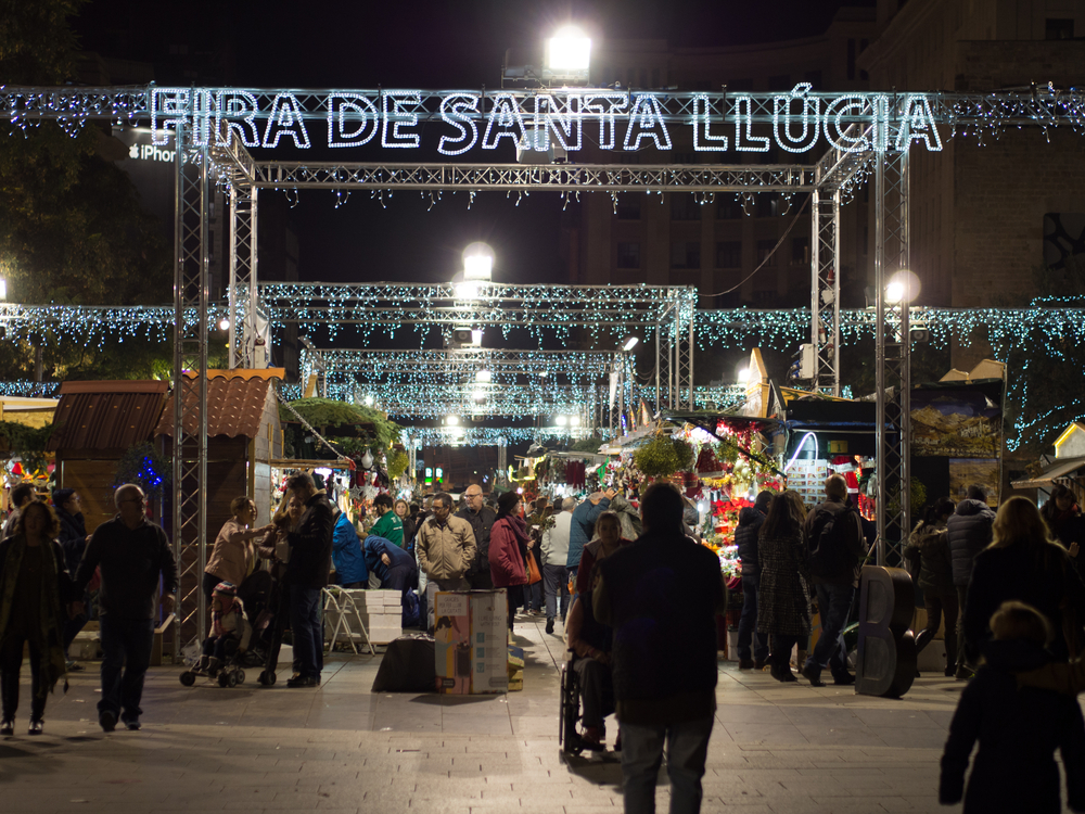 Christmas Market in Barcelona | © Pere Rubi/Shutterstock