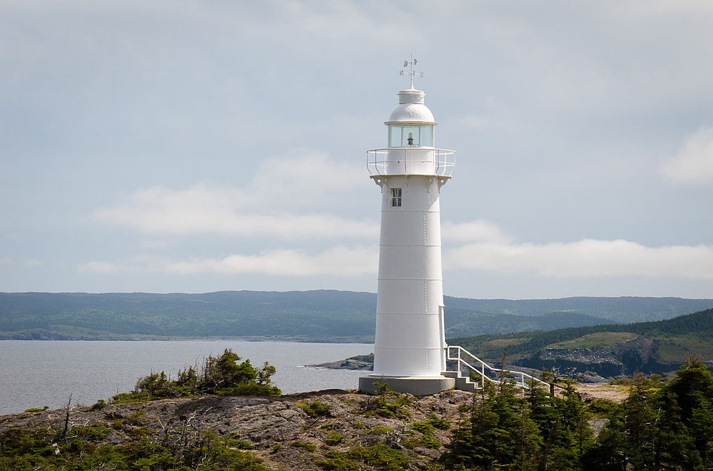 Kings Cove Head Lighthouse © John.king/WikiCommons