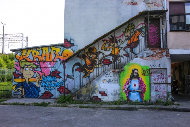 Murals in Praga, Warsaw |© Paul Sableman/Flickr