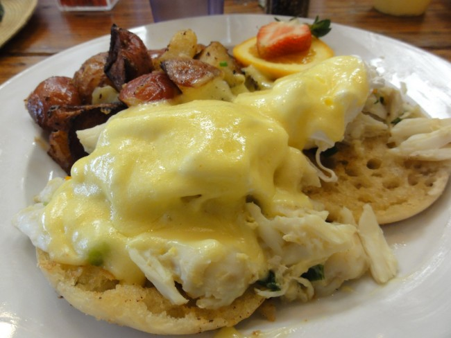 Eggs Benedict with Crab Meat |© Todd Dwyer/Flickr