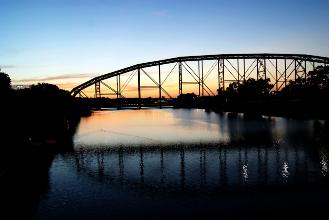 Sunset over Waco, TX © Denise Mattox/Flickr