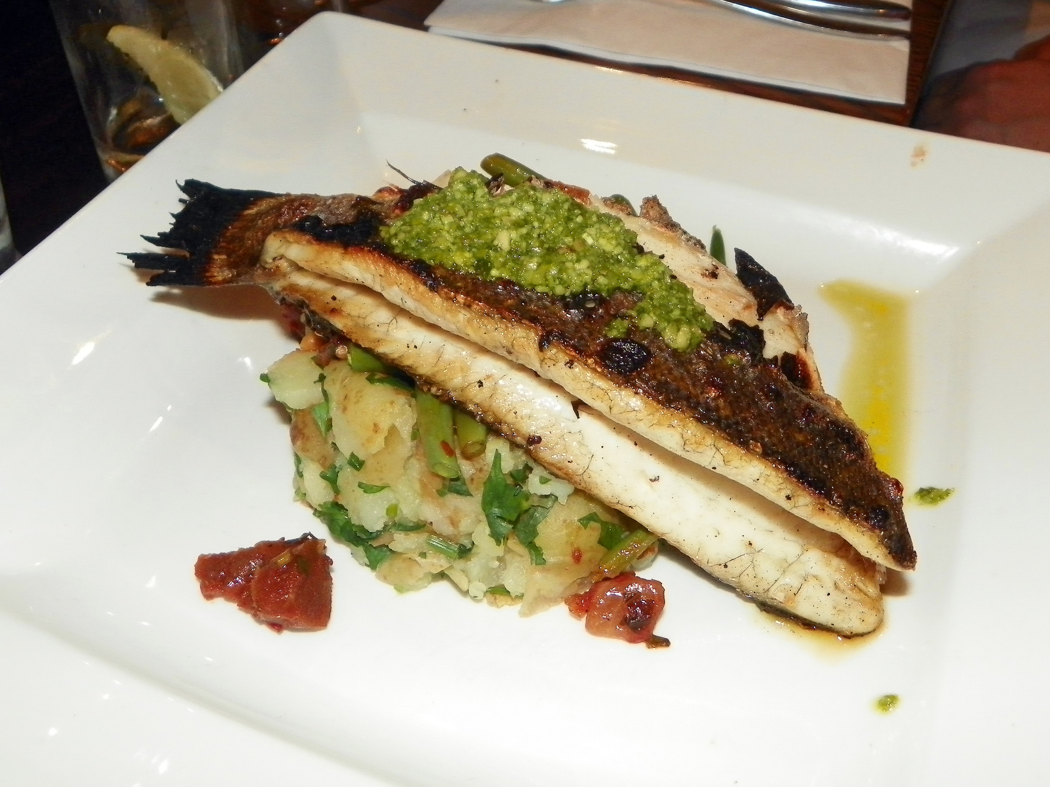 Grilled sea bass   © Peter O'Connor aka anemoneprojectors/Flickr
