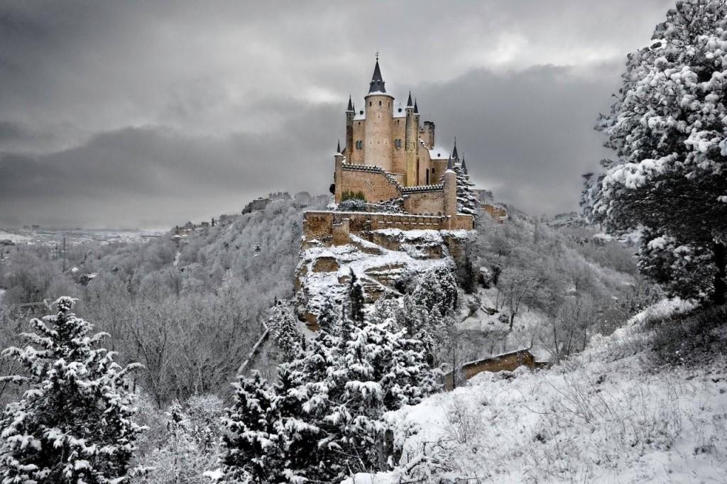 Alcazar Castle, Segovia, Spain ©Wikipedia