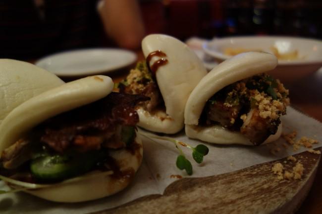 Peking Duck and Pork Belly Bao |© kennejima/Flickr