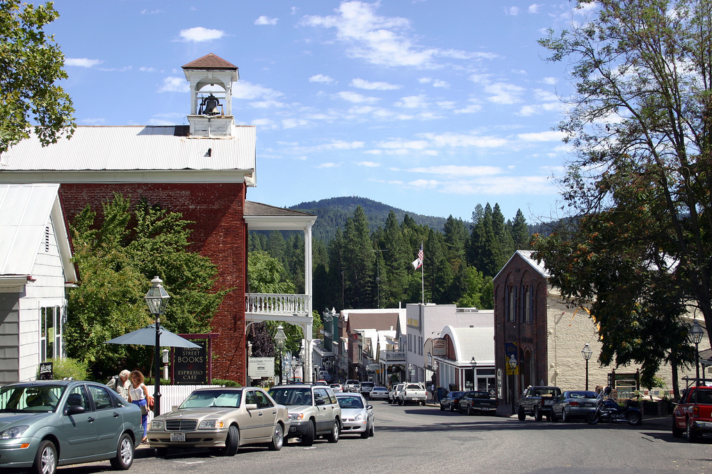 Top of Broad Street in Nevada City | Courtesy of Nevada City Chamber of Commerce