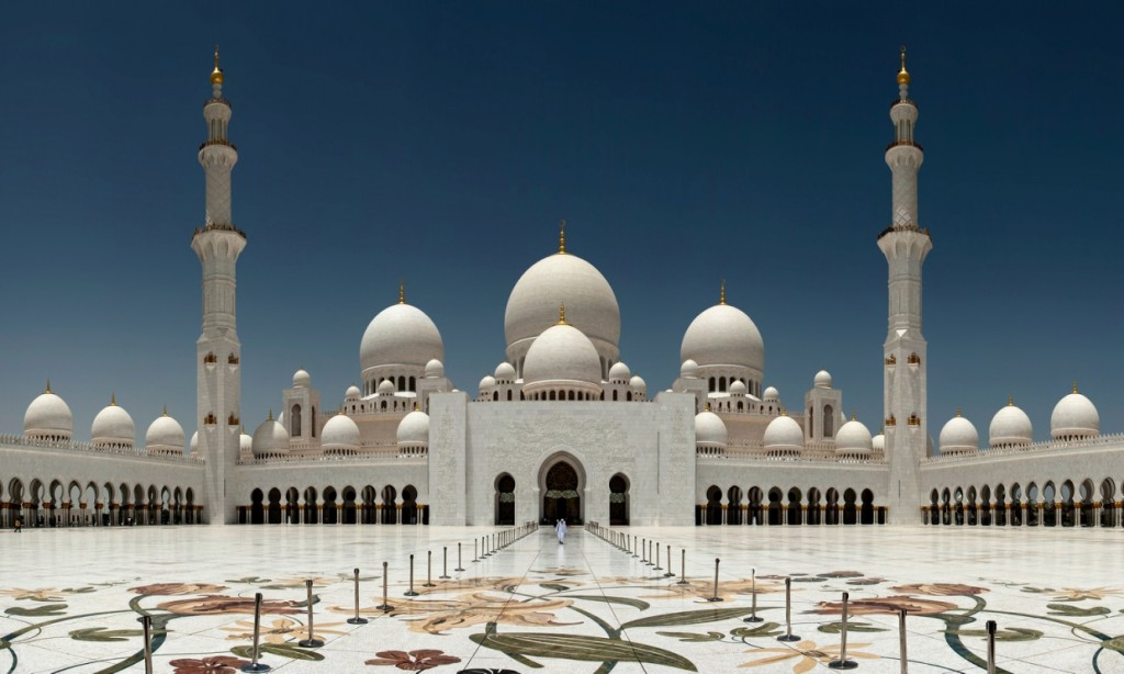 Sheikh Zayed Grand Mosque | ©mohamad atif mohamad nadzir/Flickr