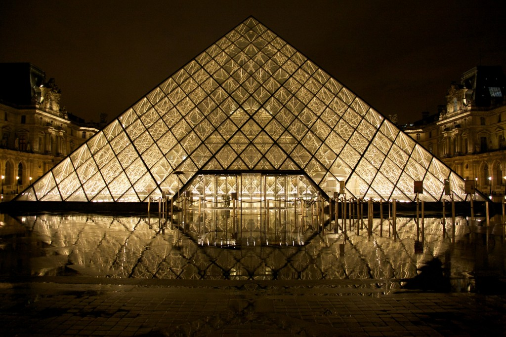 No matter your view, the Glass Pyramid of the Louvre is a sight to see © Derwiki / Flickr