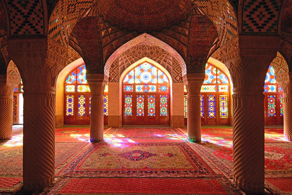 Nasir Mosque | ©Marcin Szymczak/ Shutterstock