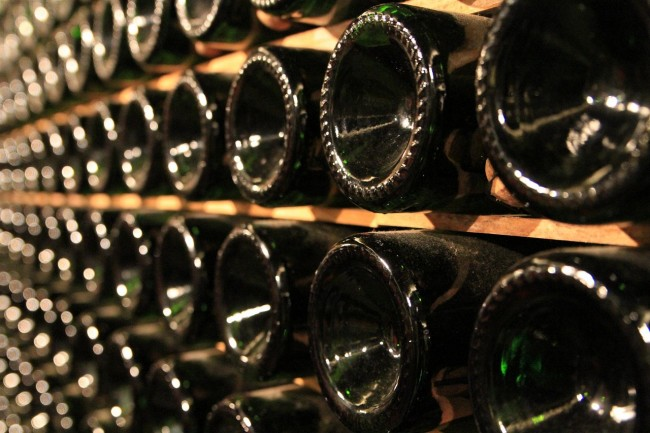Wine Cellar   © samsonov/Pixabay