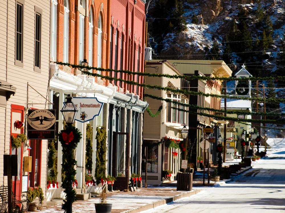 Winter in downtown of Georgetown, Colorado © Arina P Habich / Shutterstock