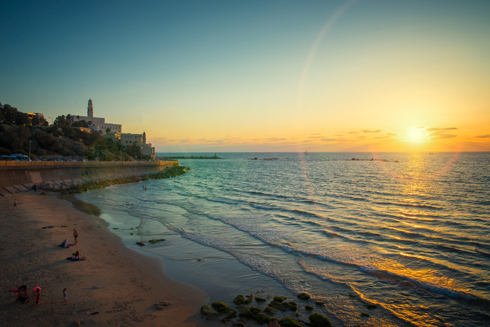 View of the old port in Tel Aviv at sunset, Old City of Jaffa | © Badahos / Shutterstock