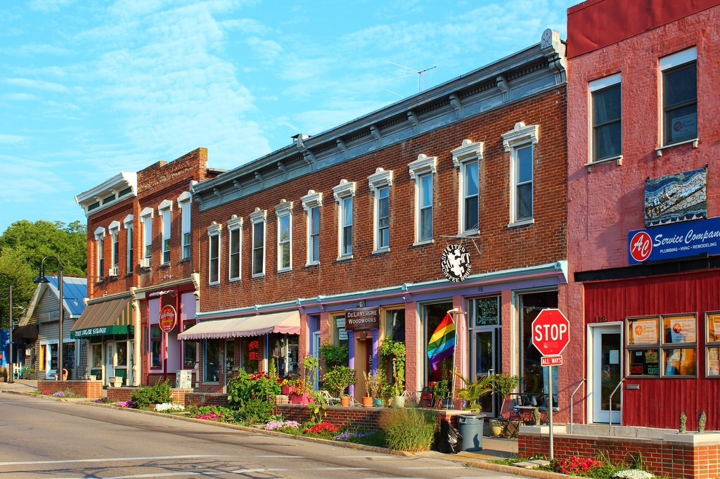 Downtown Yellow Springs, Ohio © PROBrandon Bartoszek/Flickr