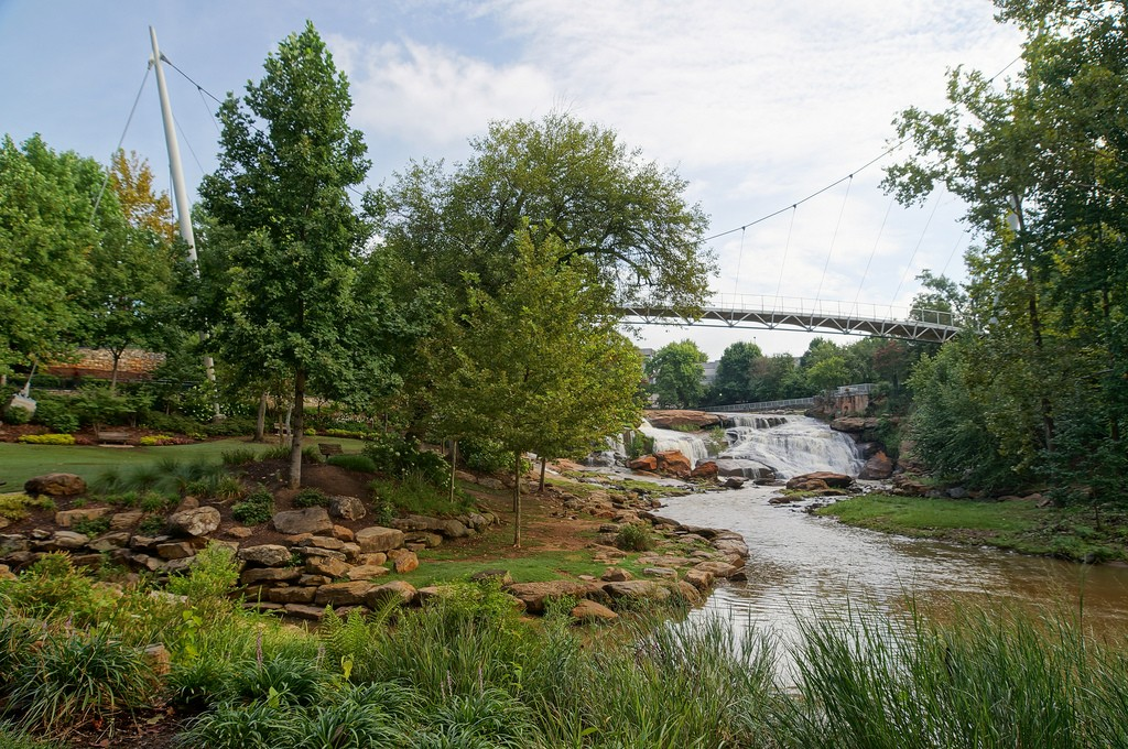 Liberty Bridge at Falls Park on the Reedy, Greenville, South Carolina © Angela M. Miller/Flickr