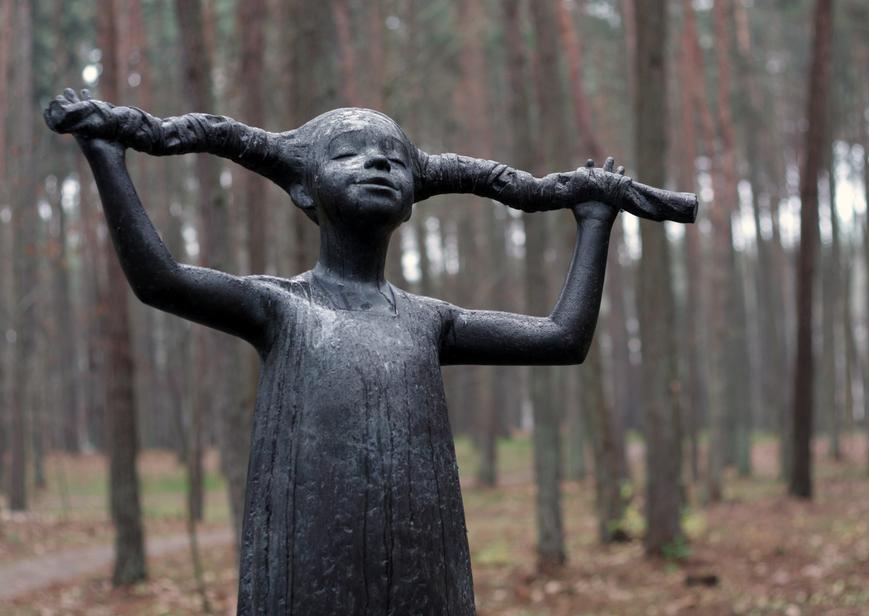 Statue in Birstonas|© Asta Adamonyte/Wikimedia Commons