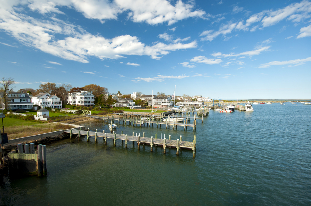 View on Edgartown Harbour, New England, Massachusetts, USA © AR Pictures / Shutterstock