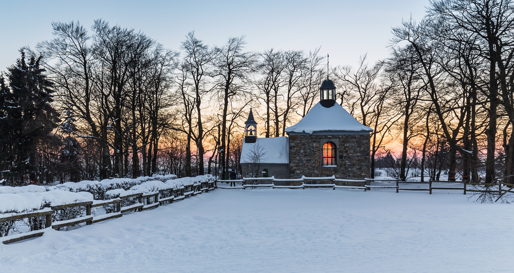 Chapel Fischbach at Baraque Michel on a winter sunset, Belgium © r.classen / Shutterstock