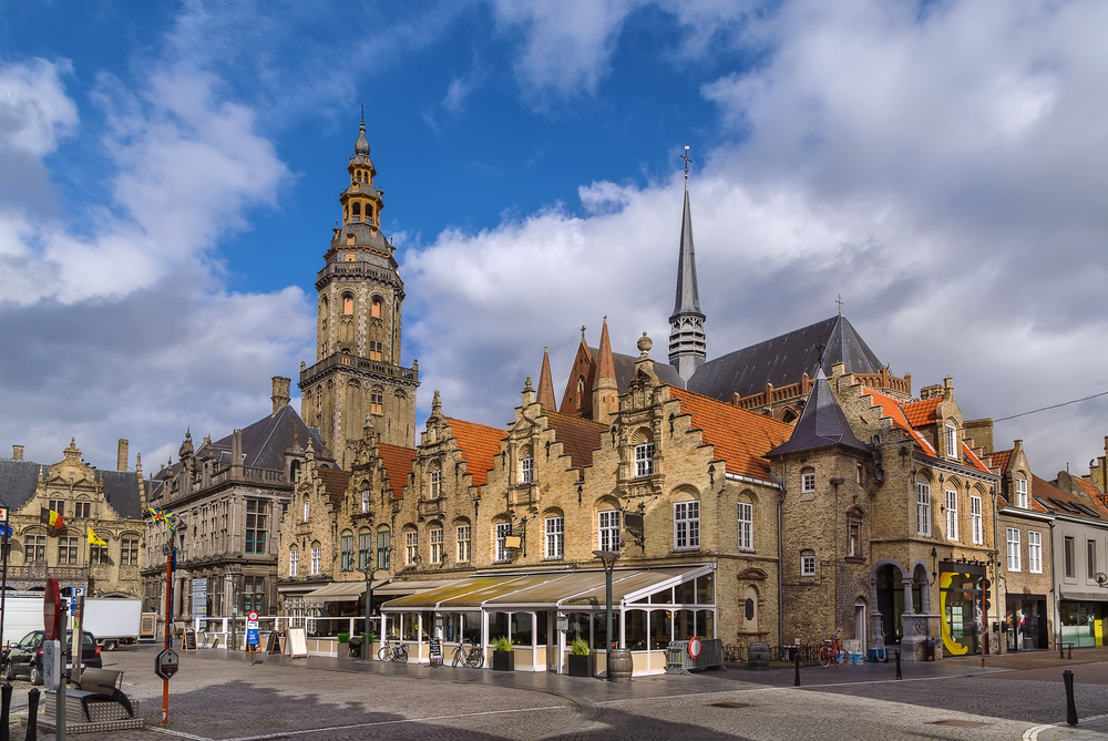 Main market square with belfry and church in Veurne, Belgium © Borisb17 / Shutterstock