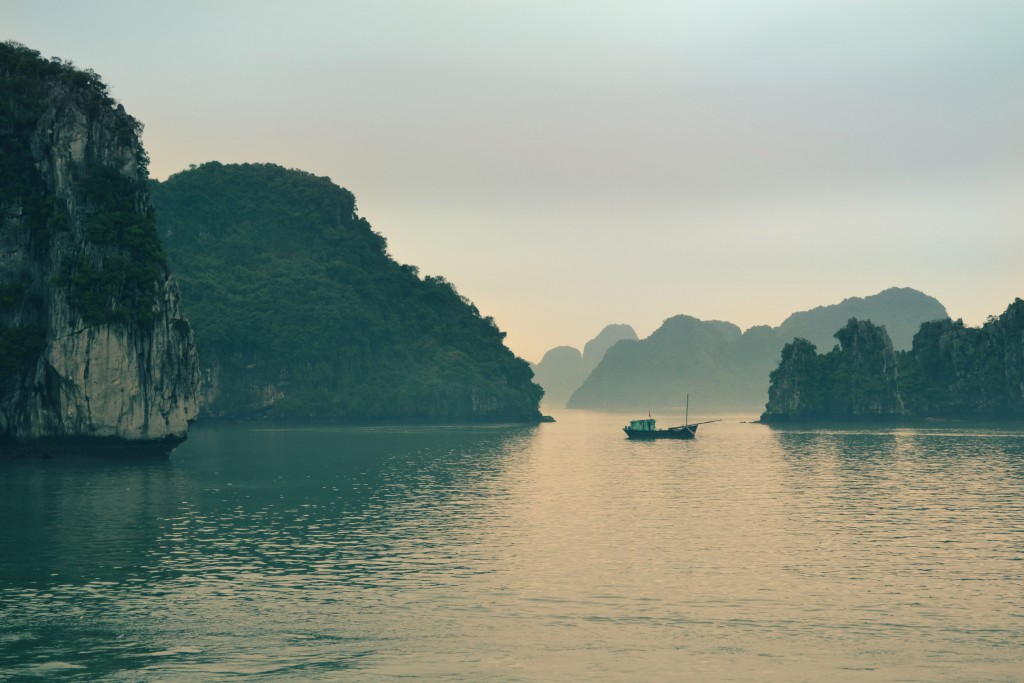Halong Bay, Vietnam © Unsplashed