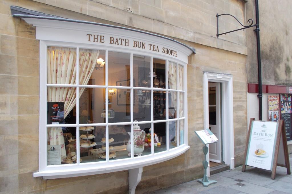 The Bath Bun © shrinkin'violet