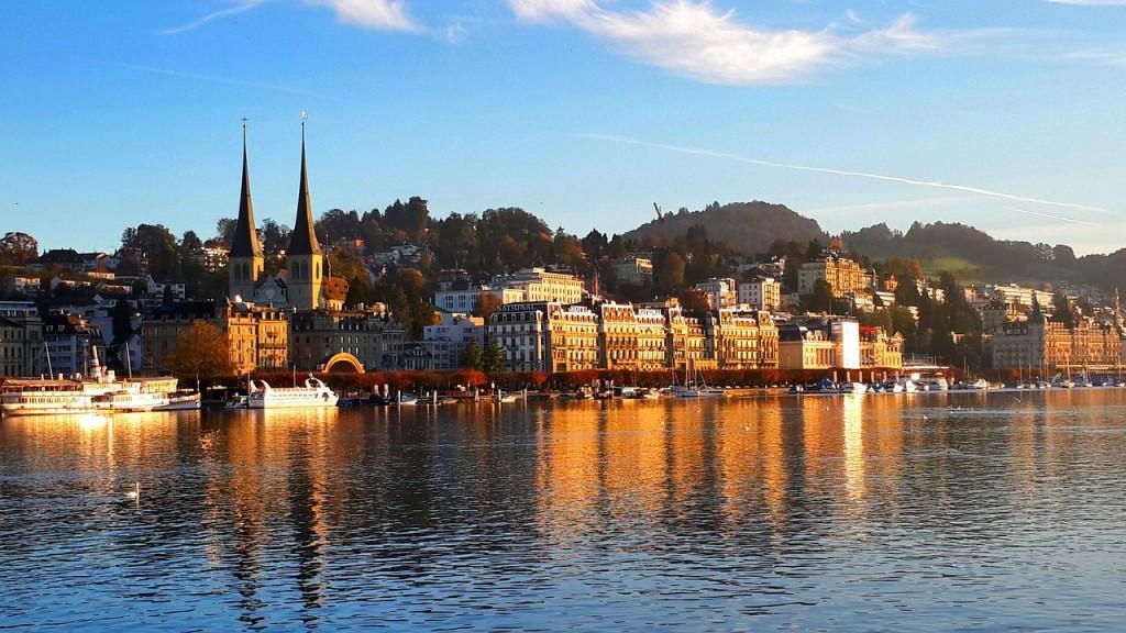 Lake Lucerne, Switzerland   <a href=