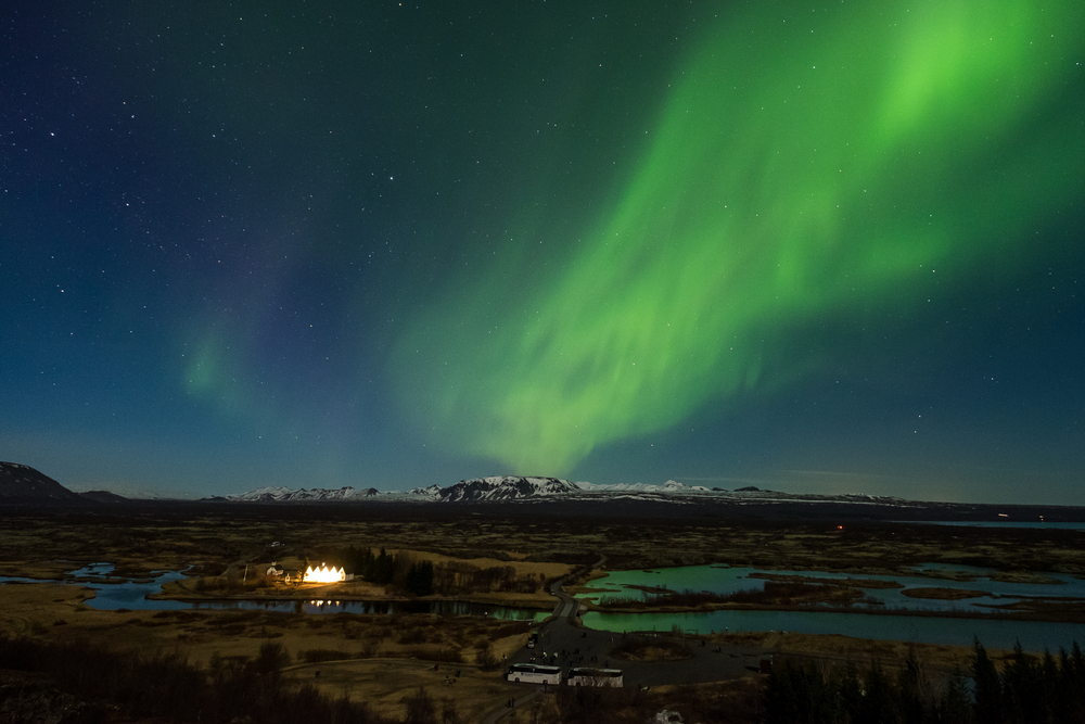 Aurora borealis over the Thingvellir National Park - Iceland © Puripat Lertpunyaroj / Shutterstock