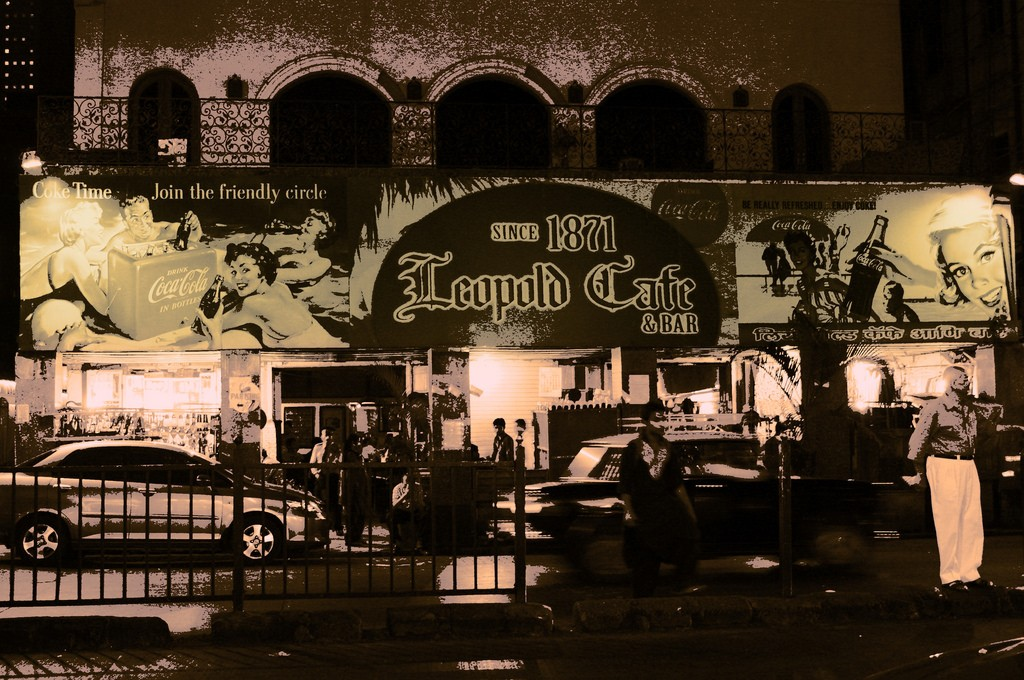Leopold Cafe, Colaba Causeway | © Jimmy - S/Flickr