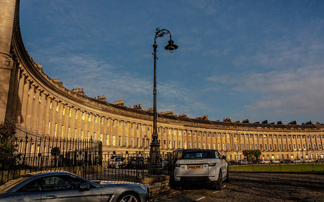 The Royal Crescent   © PapaPiper/Flickr
