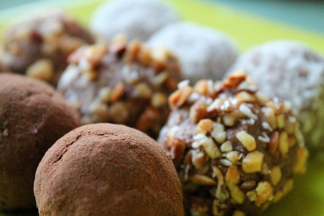 Raw Vegan Coconut and Almond Truffles