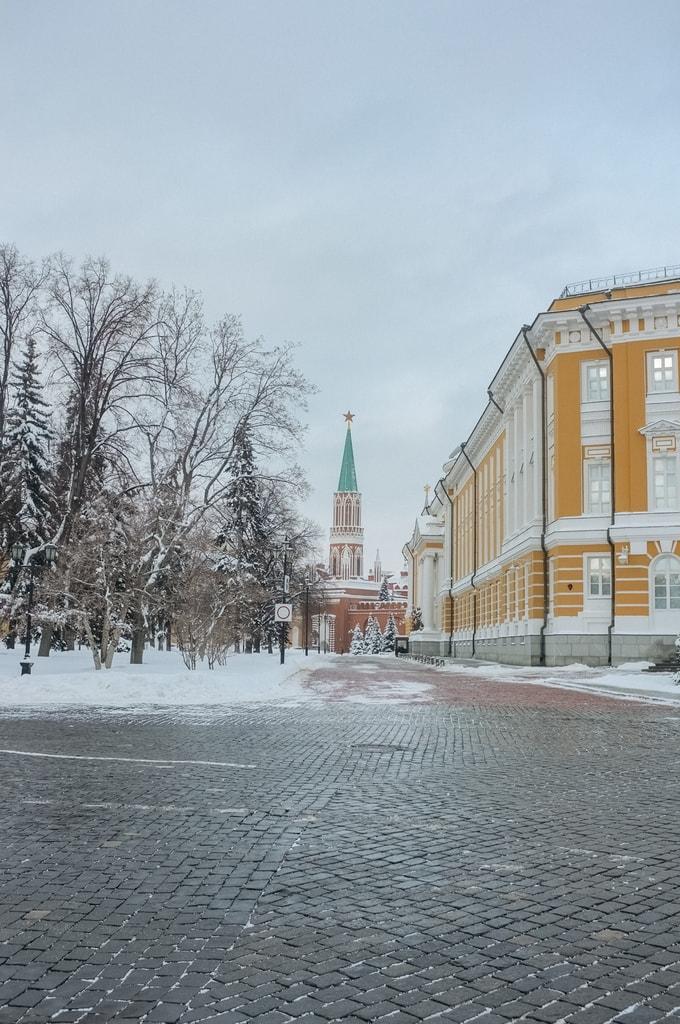 SCTP0018-SHINKAREVA-MOSCOW-KREMLINARMOURY1