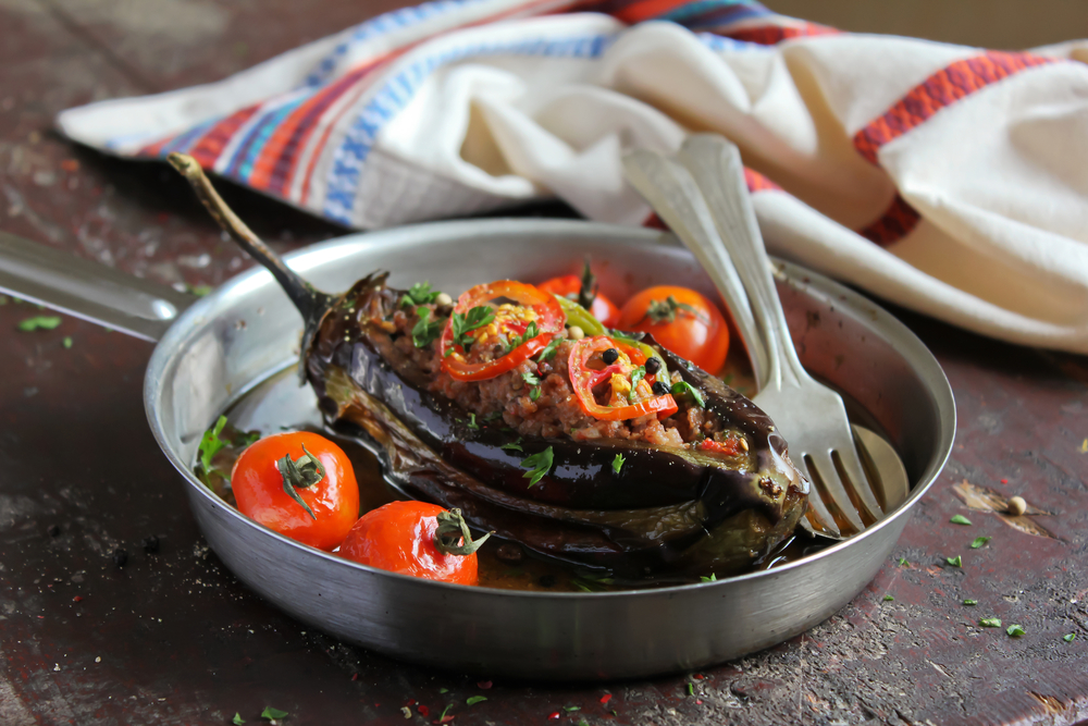 Turkish cuisine ©Anna Kurzaeva / Shutterstock