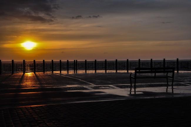Watch the sunrise after a long night in San Sebastian's many bars | © Gabriel González/Flickr