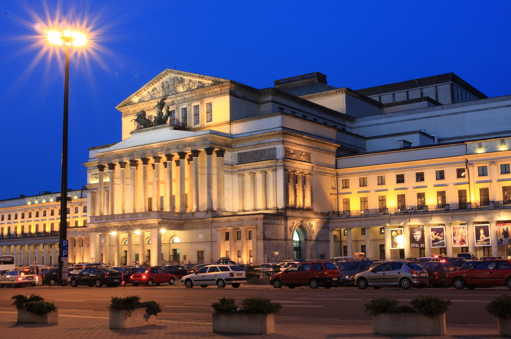 The Theatre is the largest opera and a landmark in Warsaw| © mary416/Shutterstock