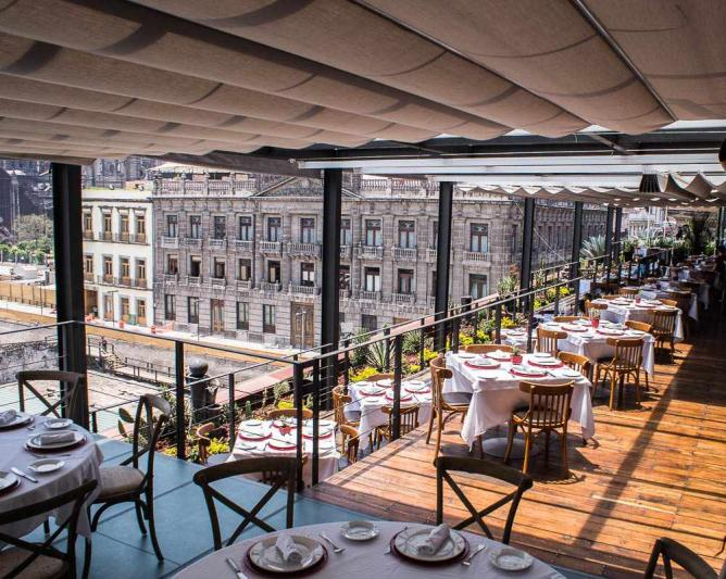 The best rooftop bars in mexico city for Cafe el jardin centro historico
