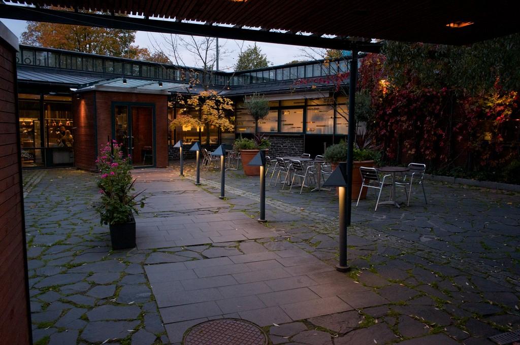 Töölönranta Restaurant | ©Hans Põldoja/Flickr