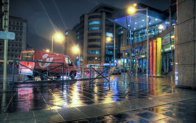 Brussels' Gare du Midi  © Arcadiuš/Flickr