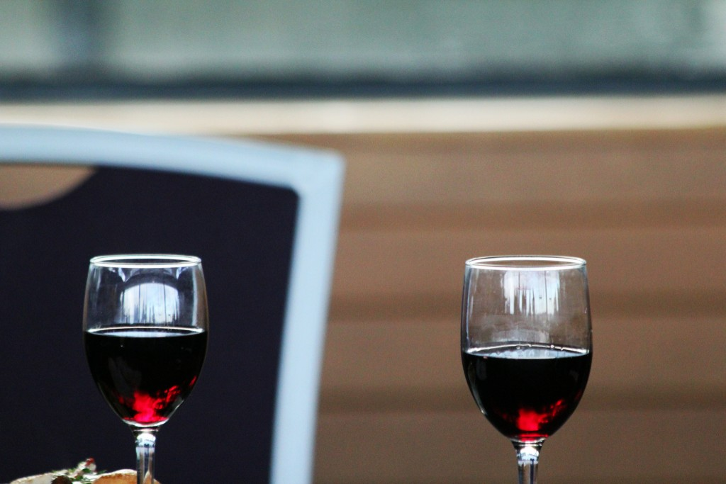 Red Wine Glasses | © Quinn Dombrowski/Flickr