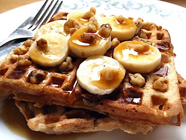 Banana bread waffles | © Joy/Flickr