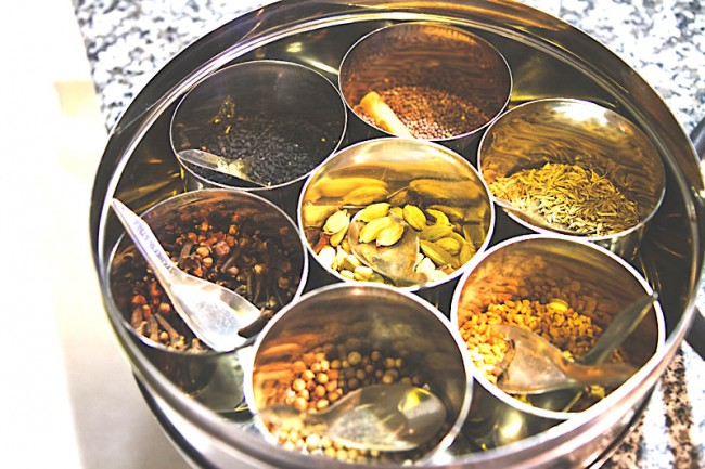 Indian spices | © ALlisson H/Flickr