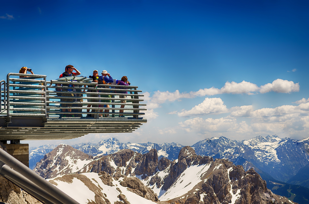 Tourists enjoying the breathtaking view from the extended Skywalk| ©K3S/Shutterstock