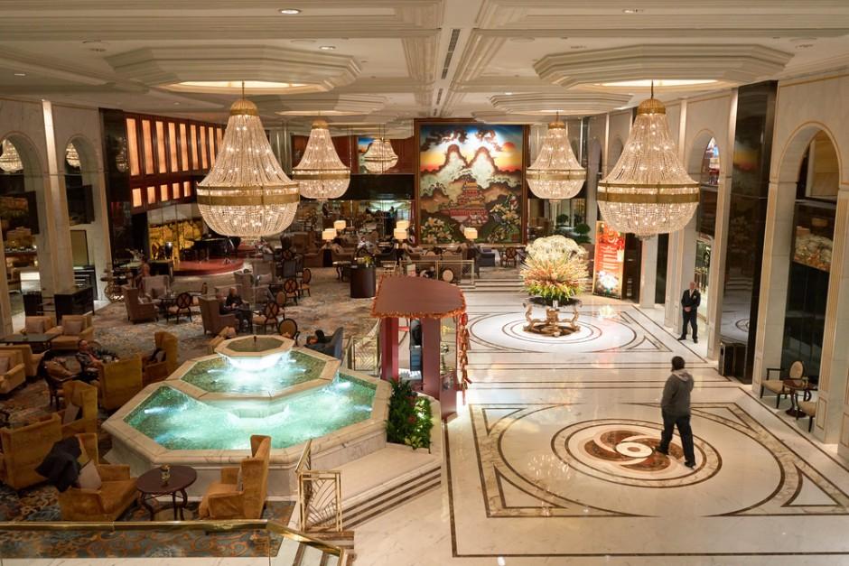 Kowloon Shangri-La Hotel lobby , Hong Kong
